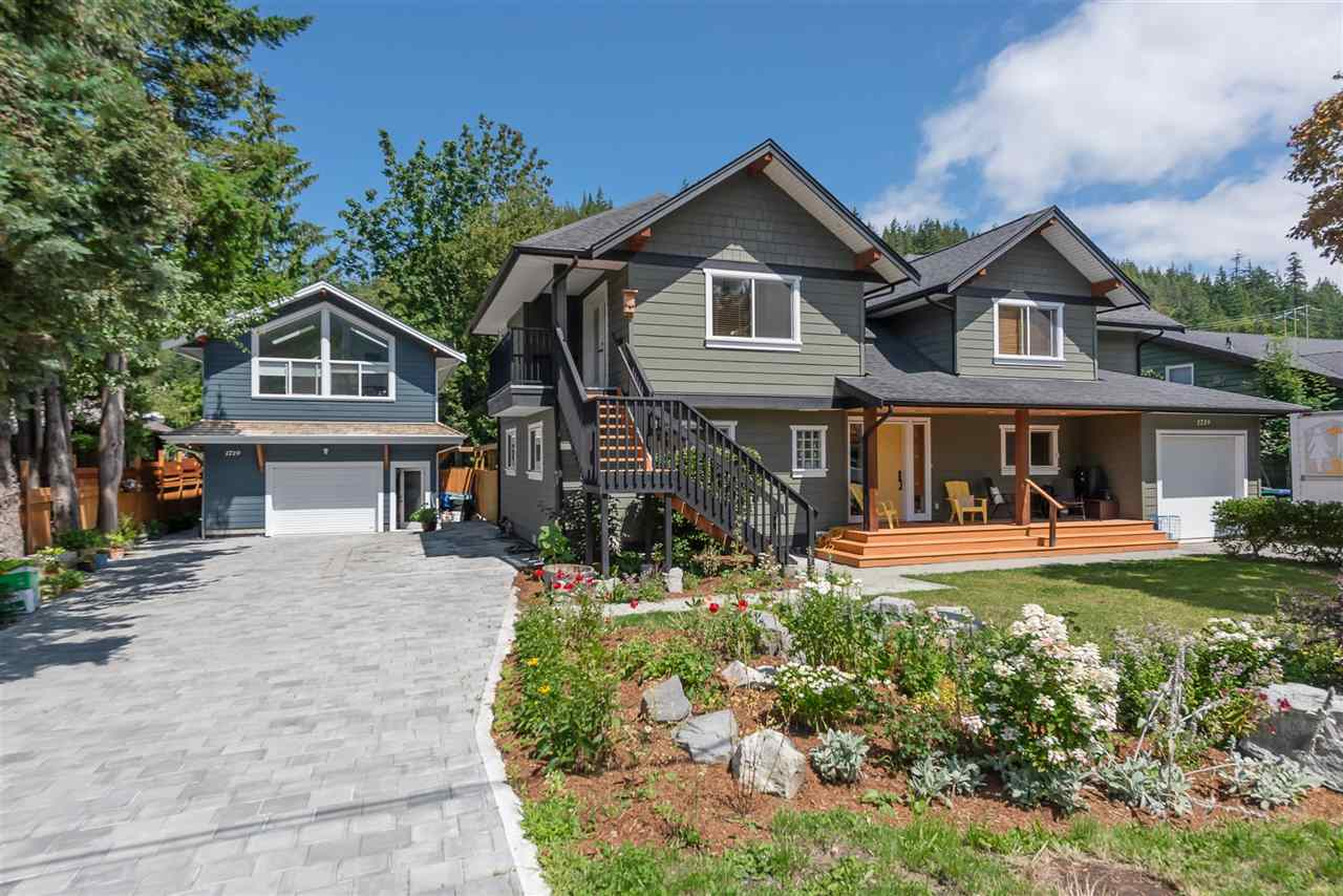 1719 VISTA CRESCENT, Squamish