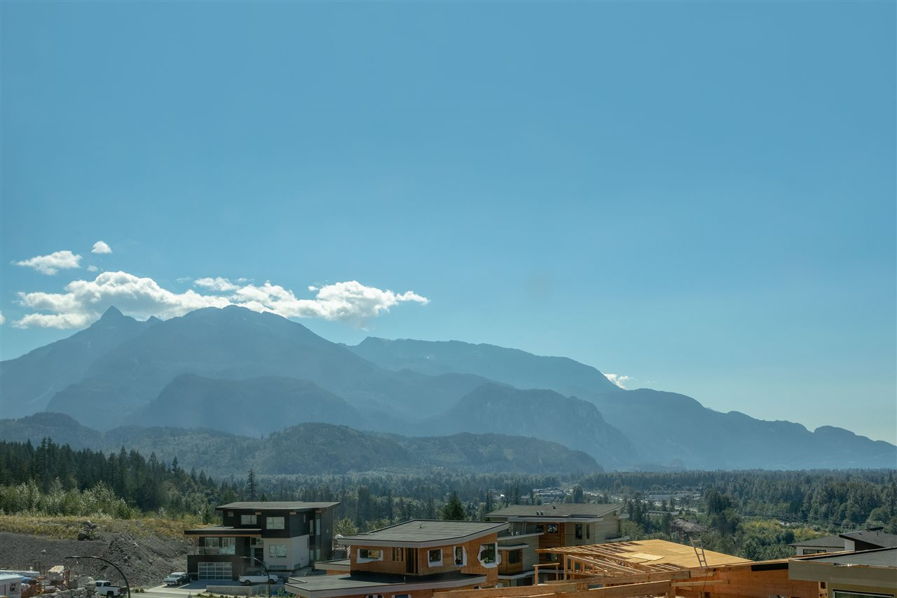 41298 HORIZON DRIVE, Squamish