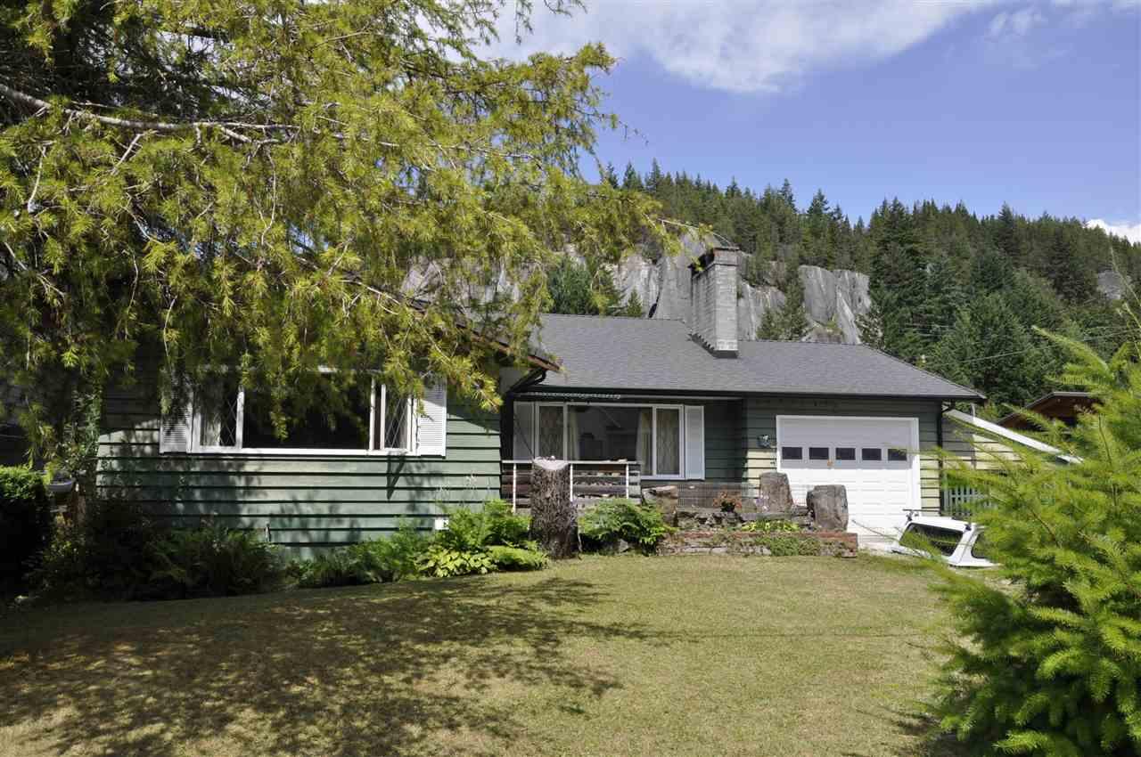 1755 VISTA CRESCENT, Squamish