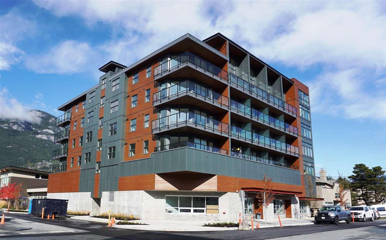 404 38013 THIRD AVENUE, Squamish