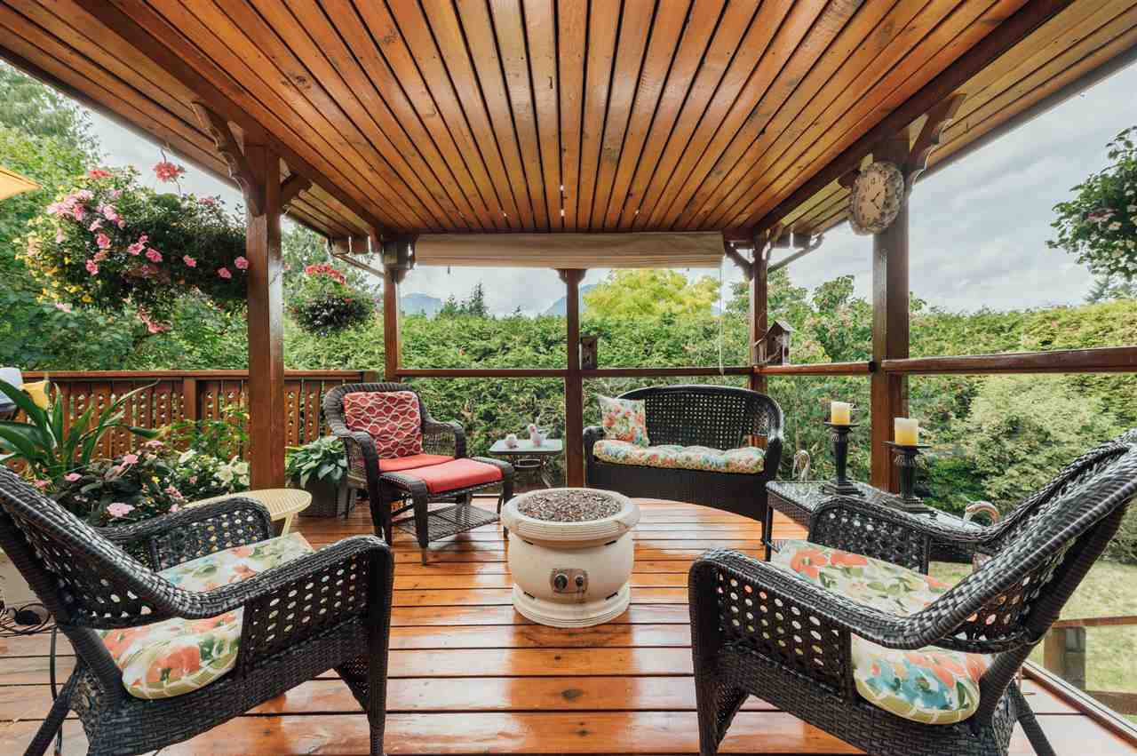 1008 PITLOCHRY WAY, Squamish