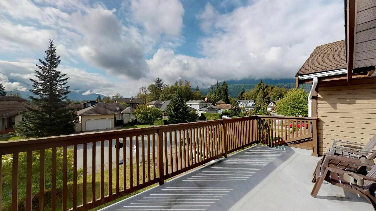 1541 MACDONALD PLACE, Squamish