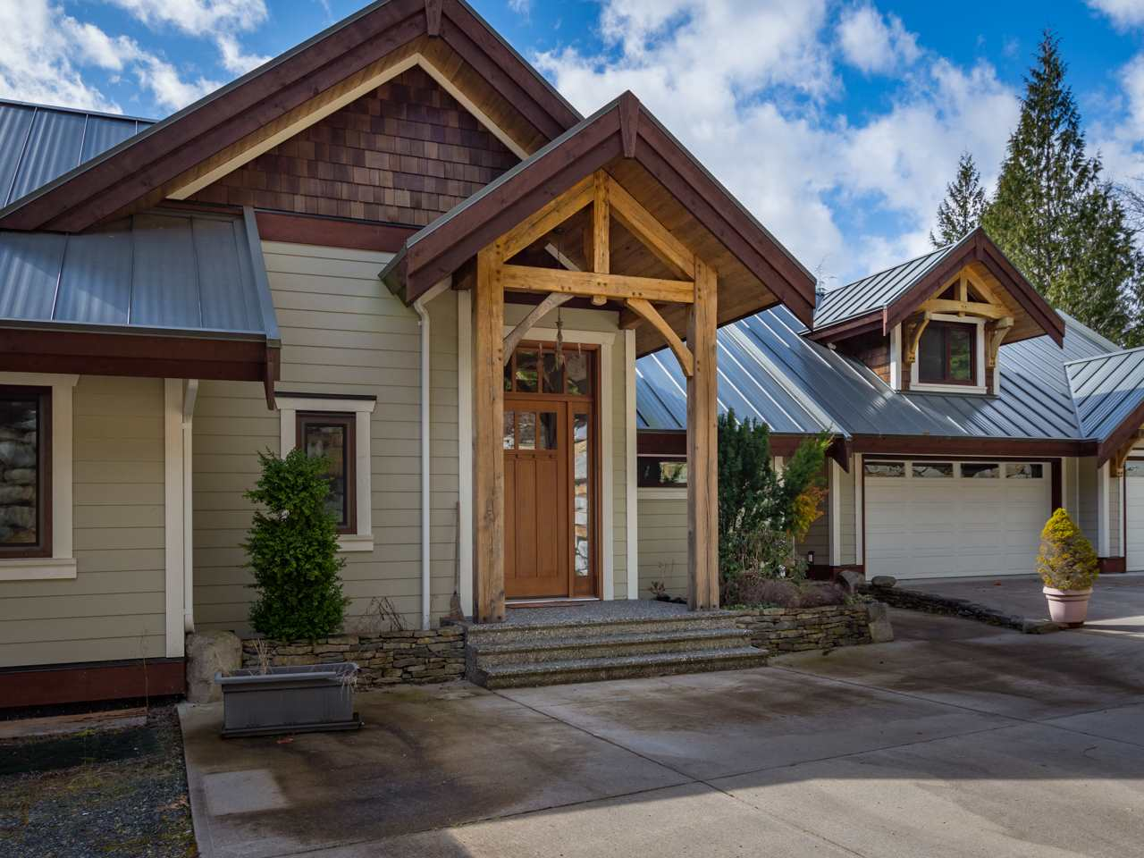 1098 GOAT RIDGE DRIVE, Squamish
