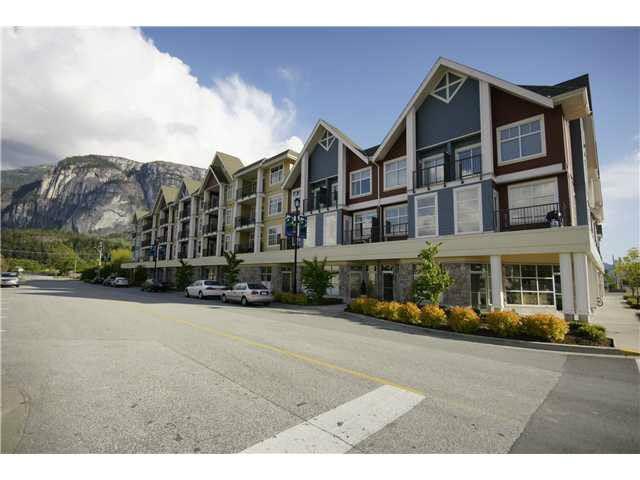 401 1336 MAIN STREET, Squamish