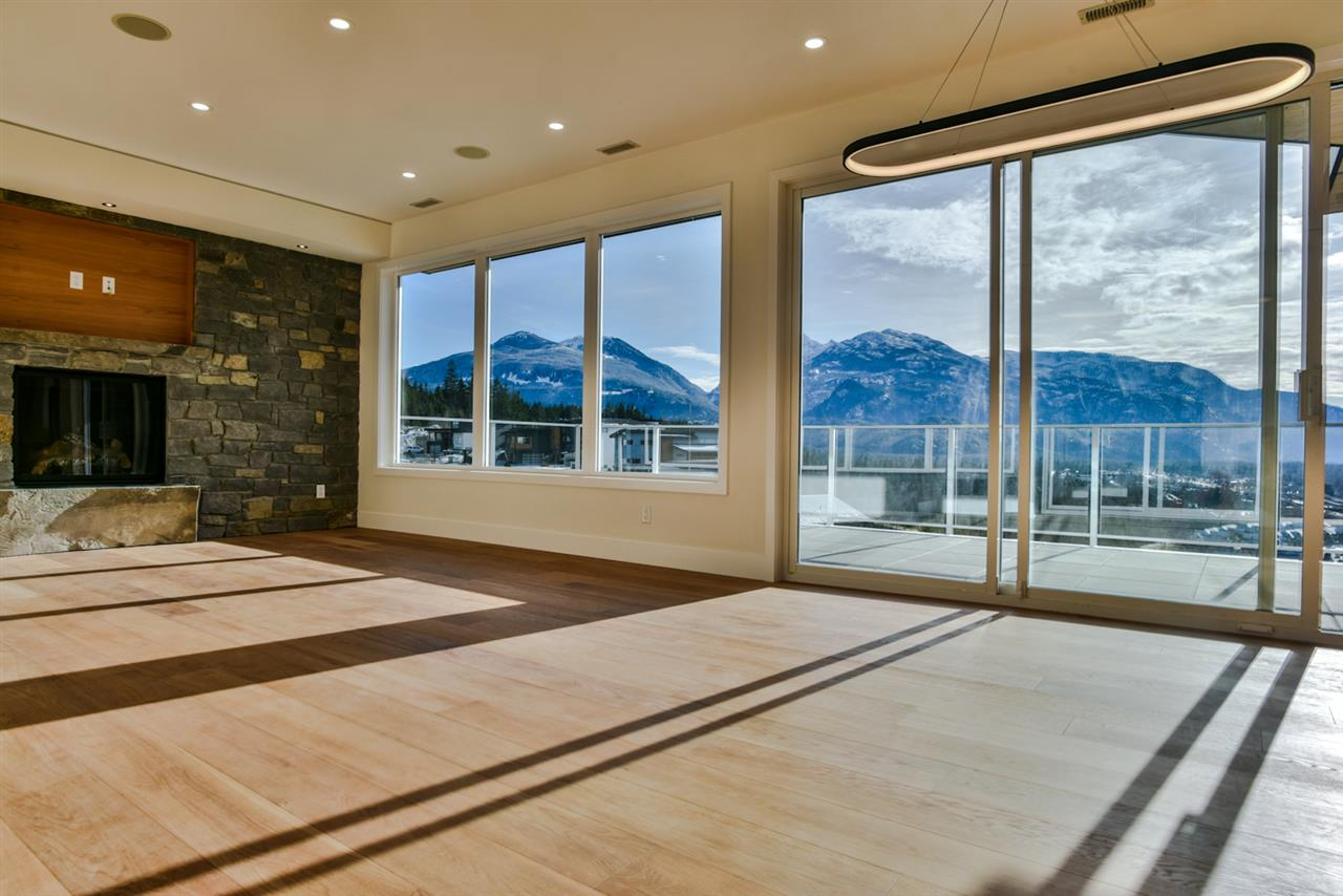 41325 HORIZON DRIVE, Squamish