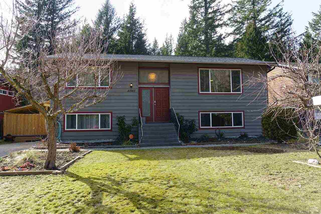 41945 ROSS ROAD, Squamish