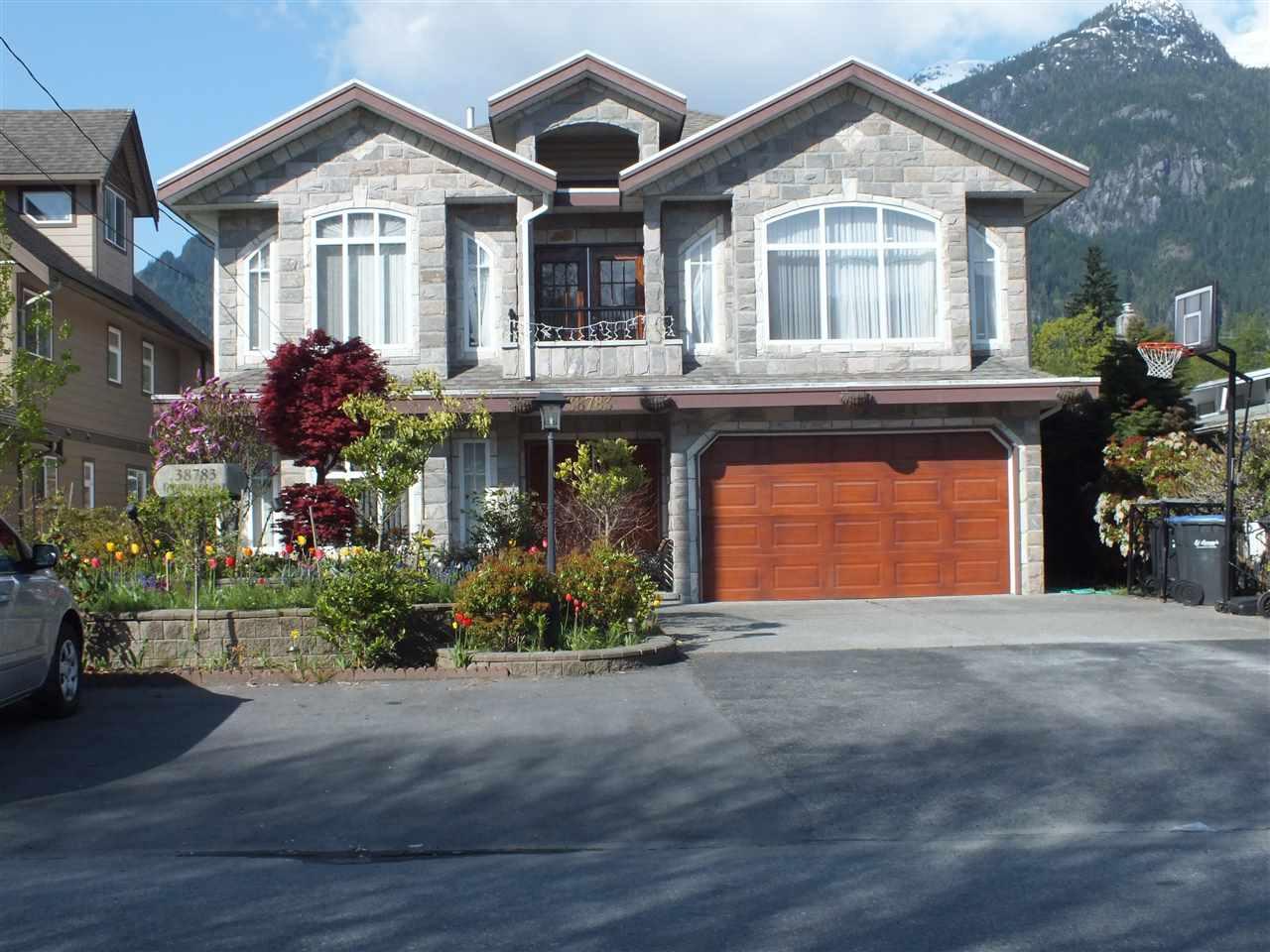 38783 GARIBALDI AVENUE, Squamish