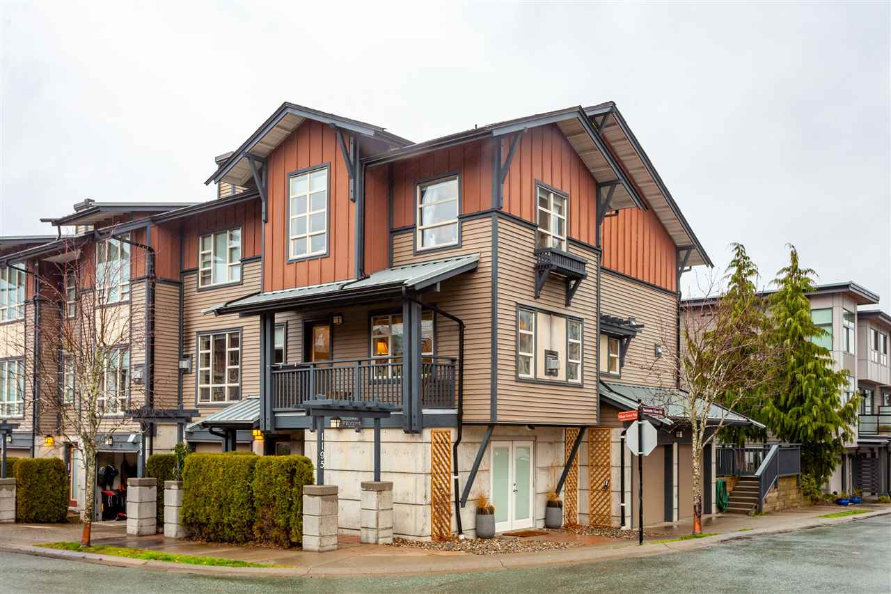 1195 VILLAGE GREEN WAY, Squamish