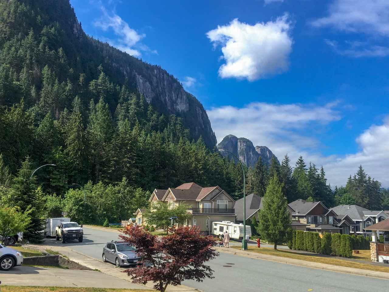 38618 CHERRY DRIVE, Squamish