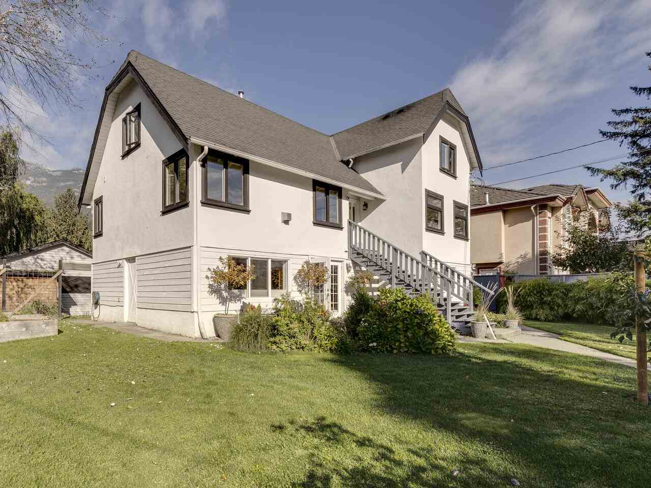 37969 FIFTH AVENUE, Squamish