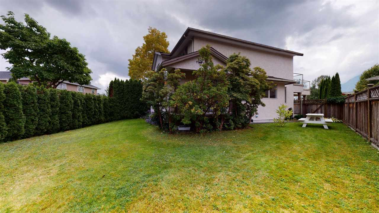1020 TANTALUS ROAD, Squamish
