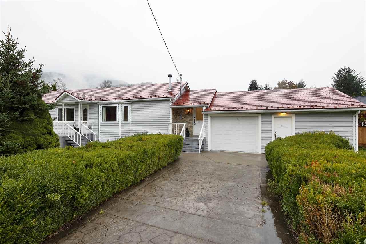 39671 GOVERNMENT ROAD, Squamish
