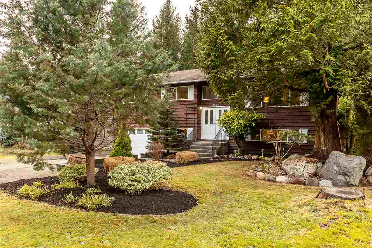 41949 ROSS ROAD, Squamish
