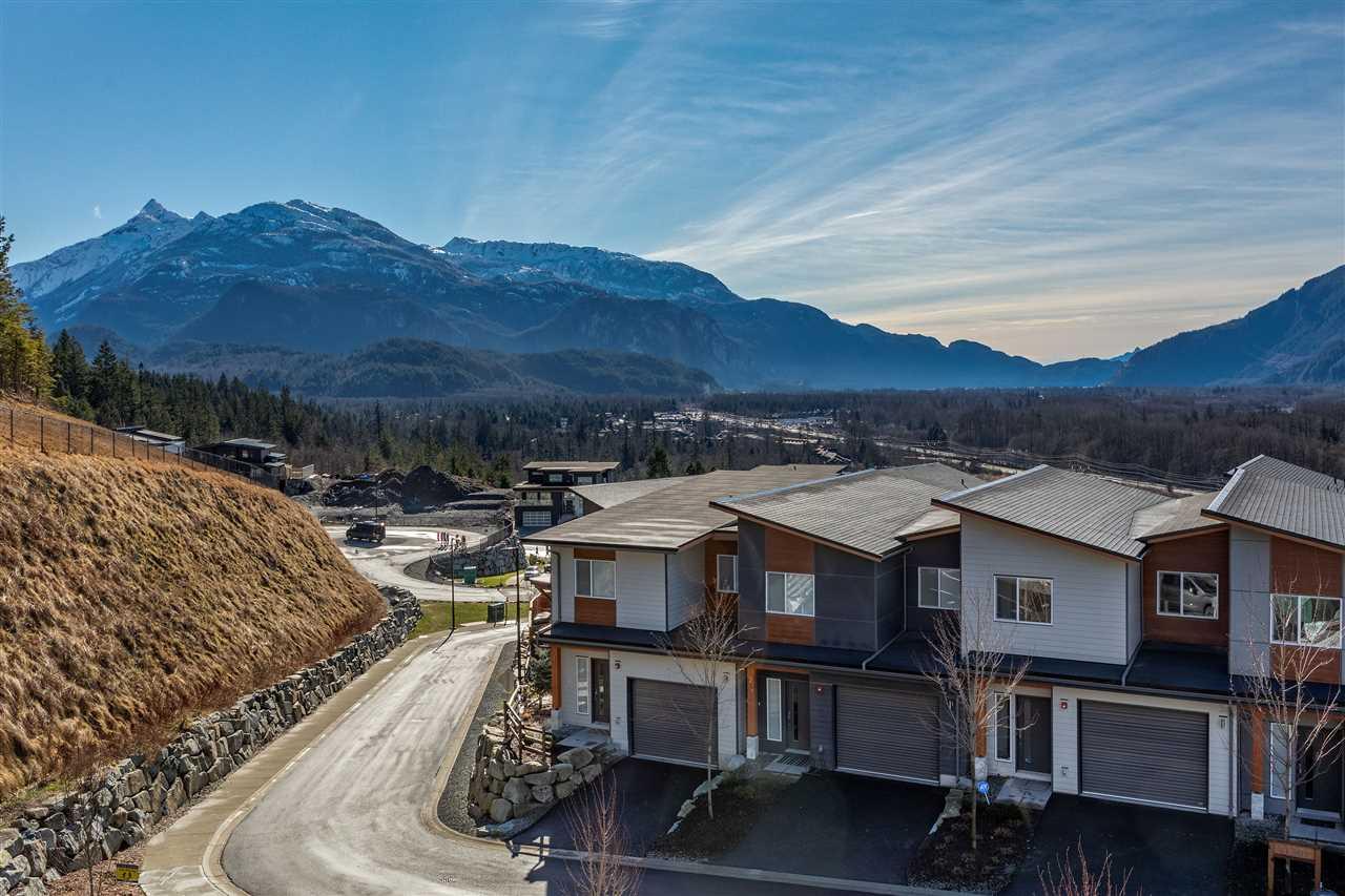 3 41301 SKYRIDGE PLACE, Squamish