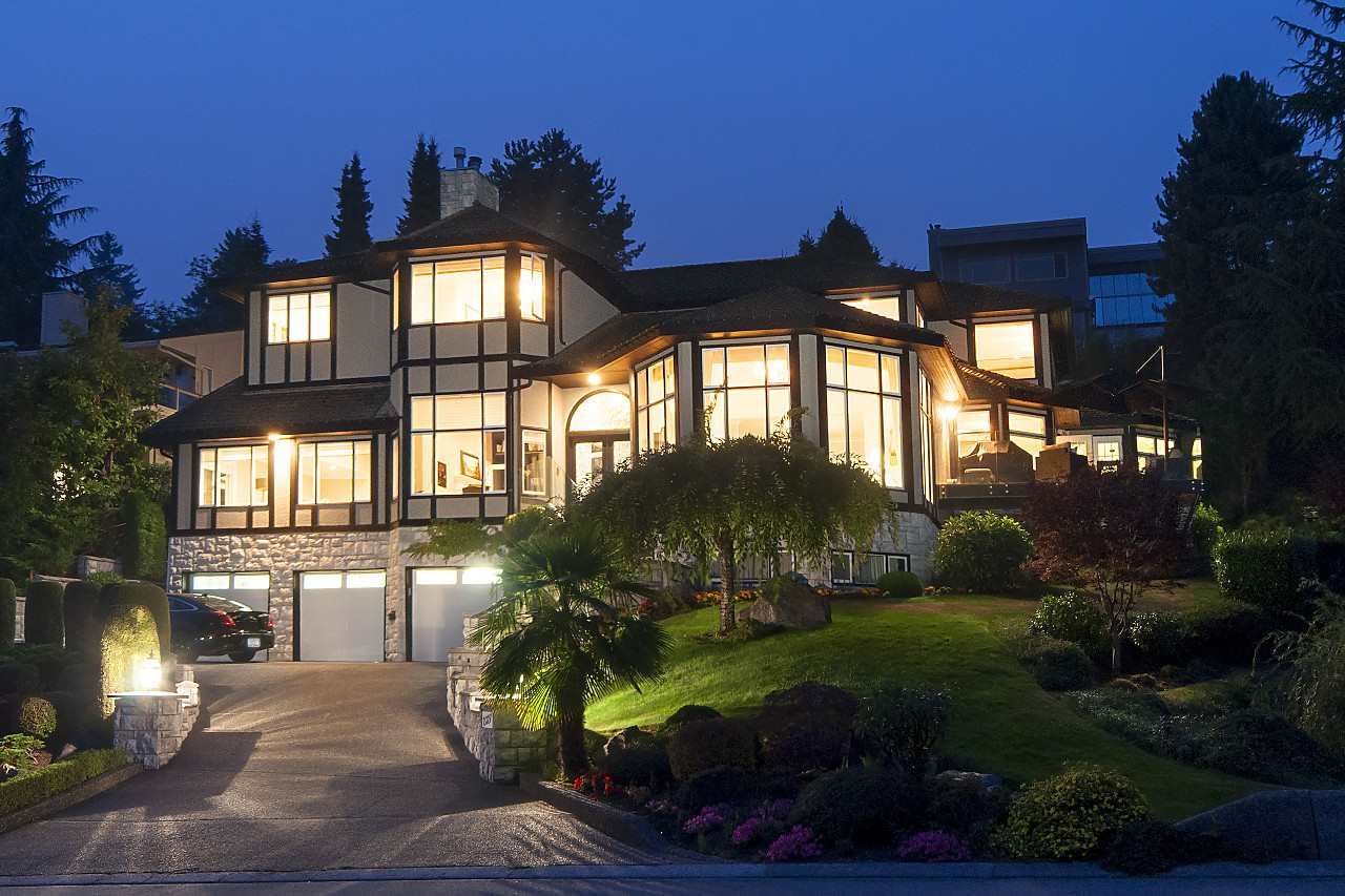 2327 WESTHILL Westhill, West Vancouver (R2195213)