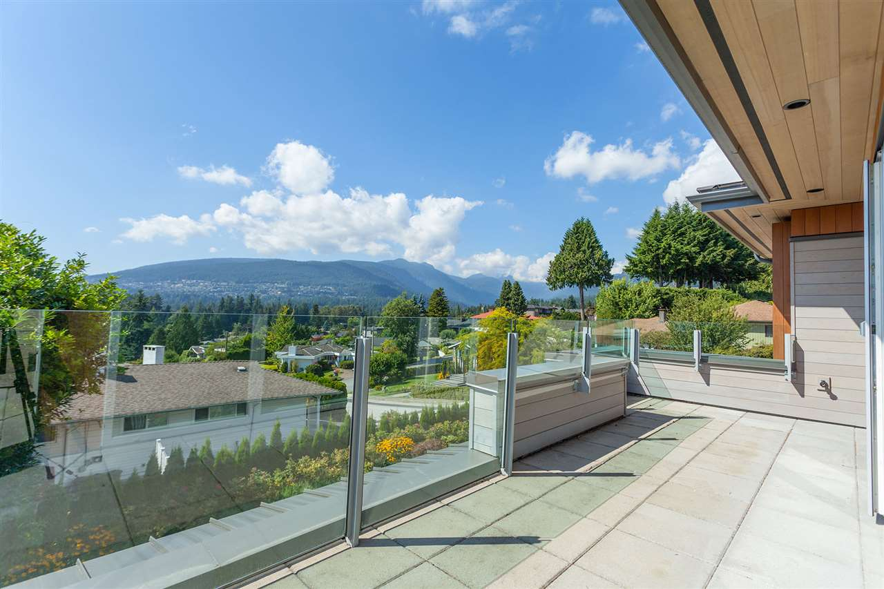 4367 CHELSEA Forest Hills NV, North Vancouver (R2196497)