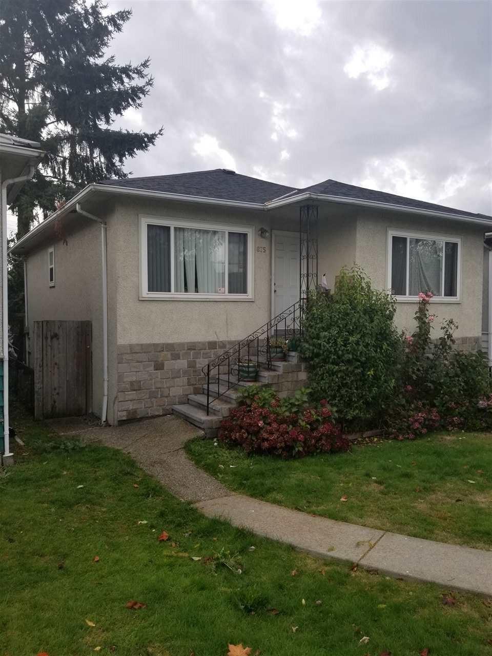 875 NANAIMO Hastings, Vancouver (R2215042)