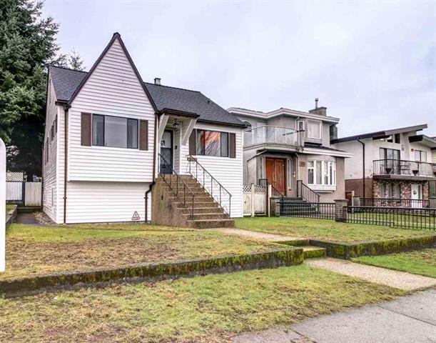 2796 E 16TH AVENUE - Renfrew Heights - Vancouver
