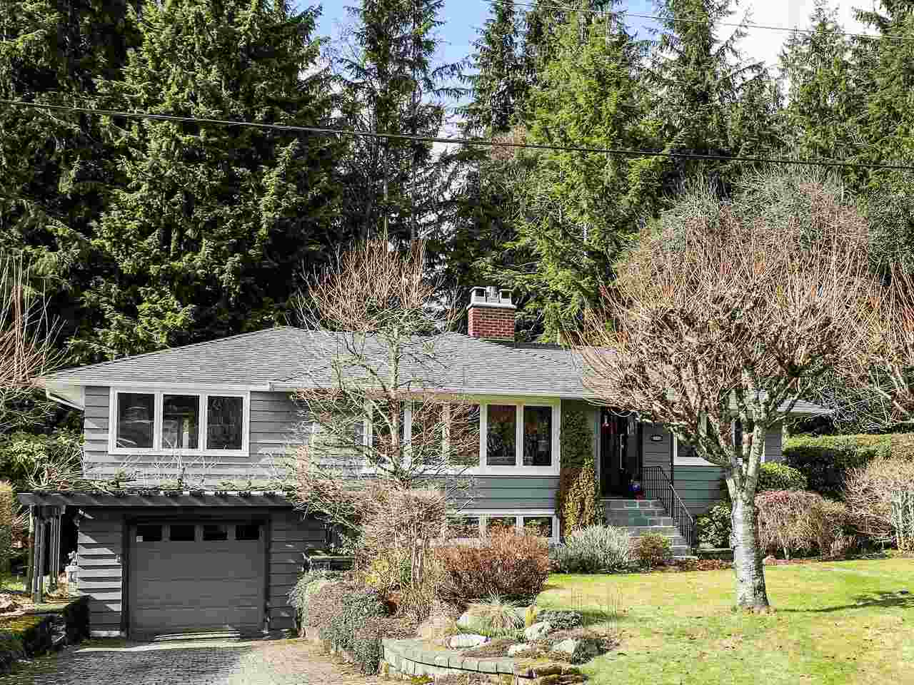 4331 LIONS Forest Hills NV, North Vancouver (R2245921)