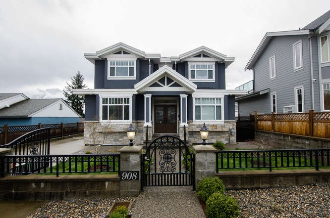 908 HILL West End NW, New Westminster (R2252462)