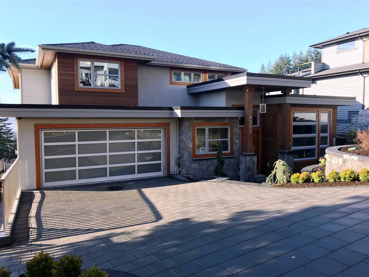 4285 STARLIGHT Upper Delbrook, North Vancouver (R2257417)
