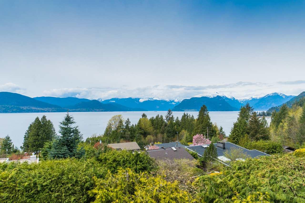50 CLOUDVIEW Lions Bay, West Vancouver (R2266422)
