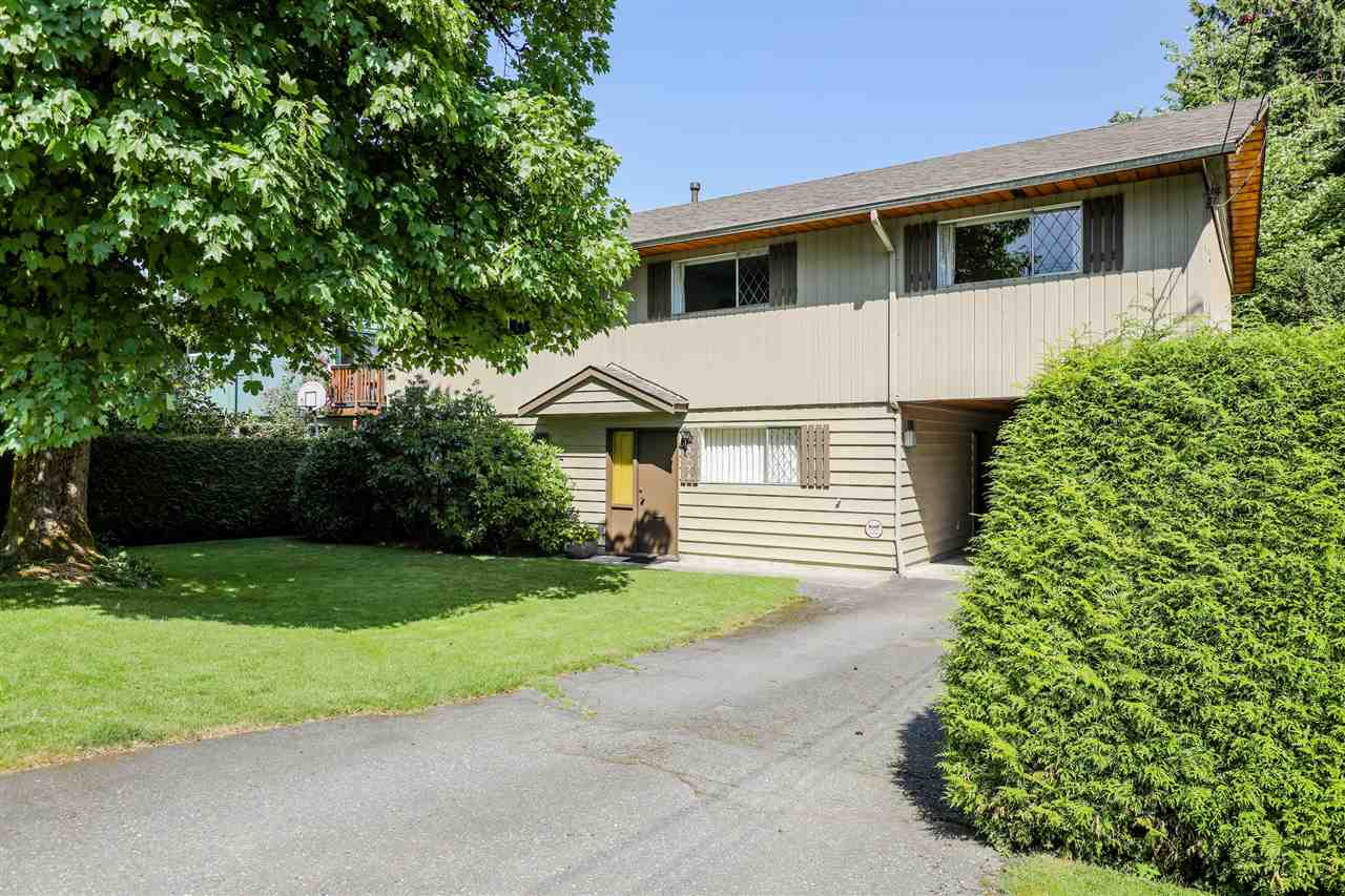 3490 INSTITUTE Lynn Valley, North Vancouver (R2269721)