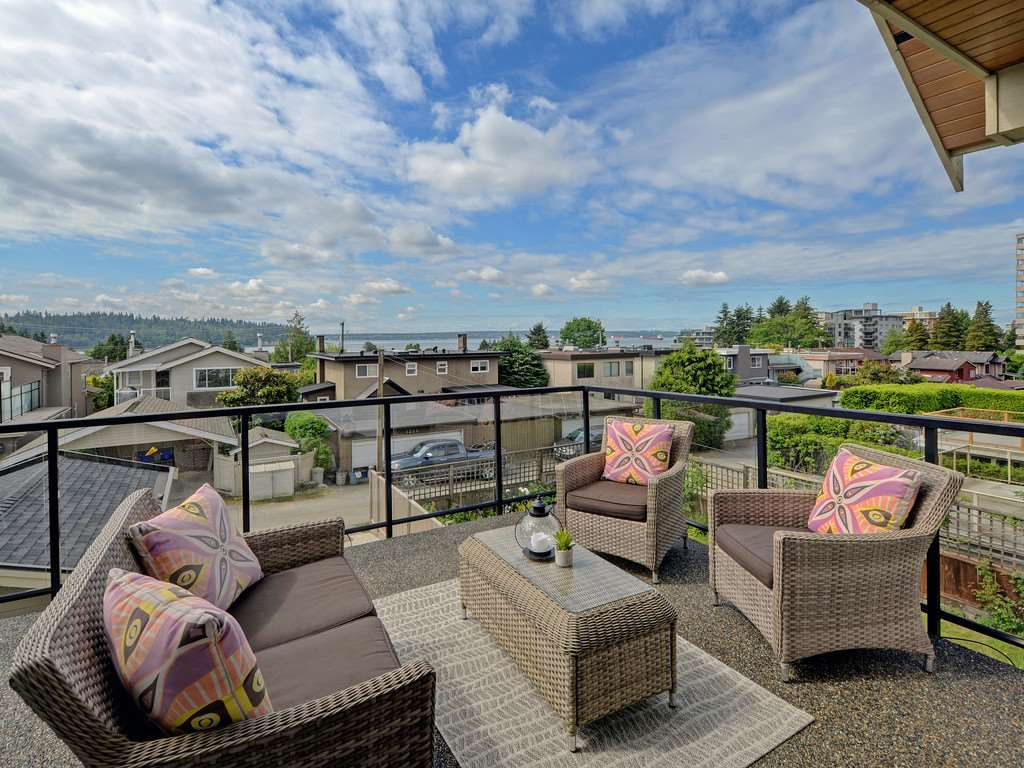 1224 DUCHESS Ambleside, West Vancouver (R2273319)