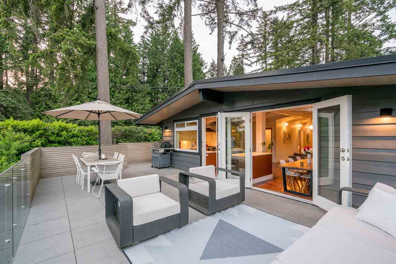 3735 RIVIERE Edgemont, North Vancouver (R2273327)