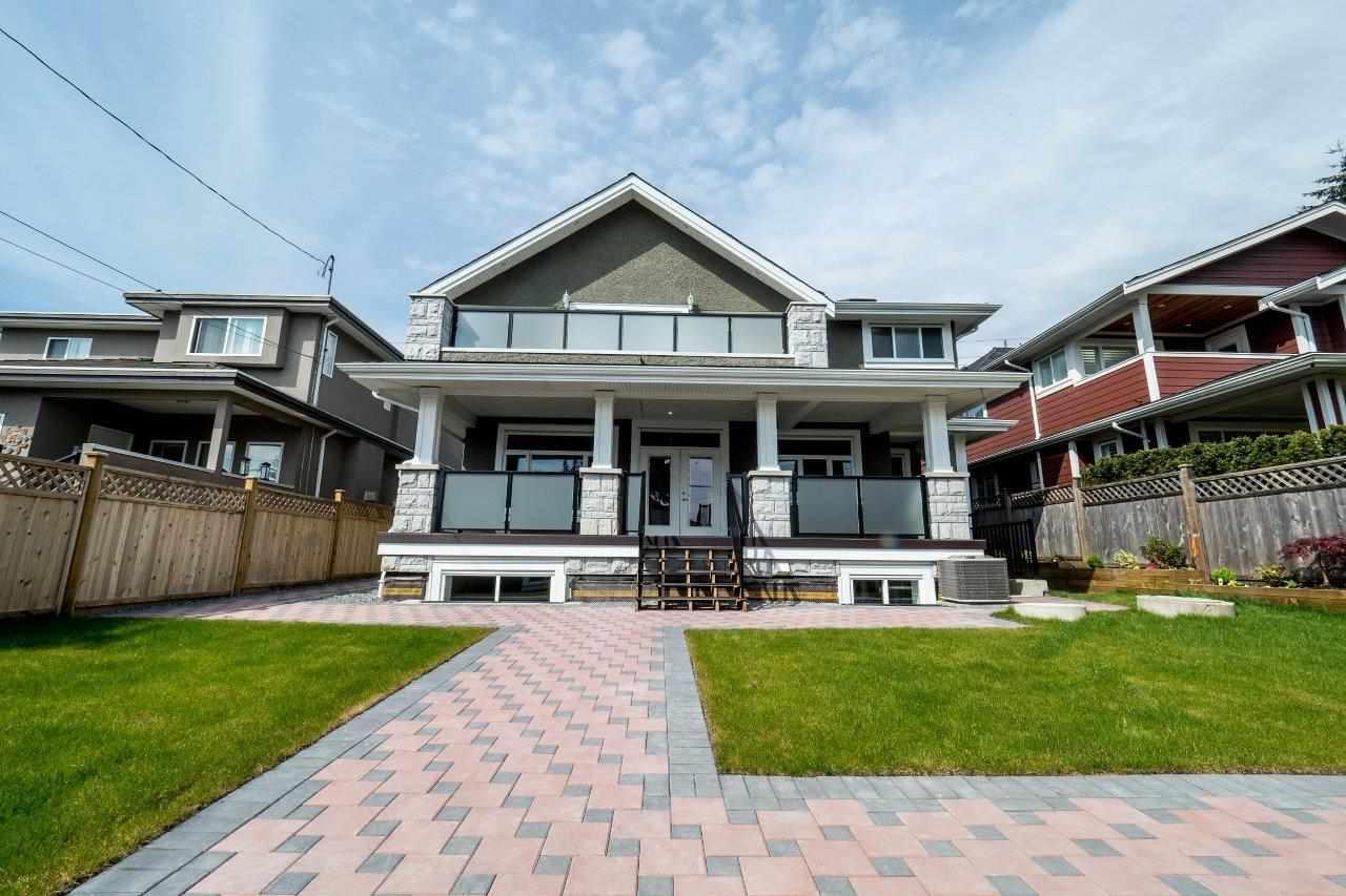 529 E 4TH Queensbury, North Vancouver (R2274343)