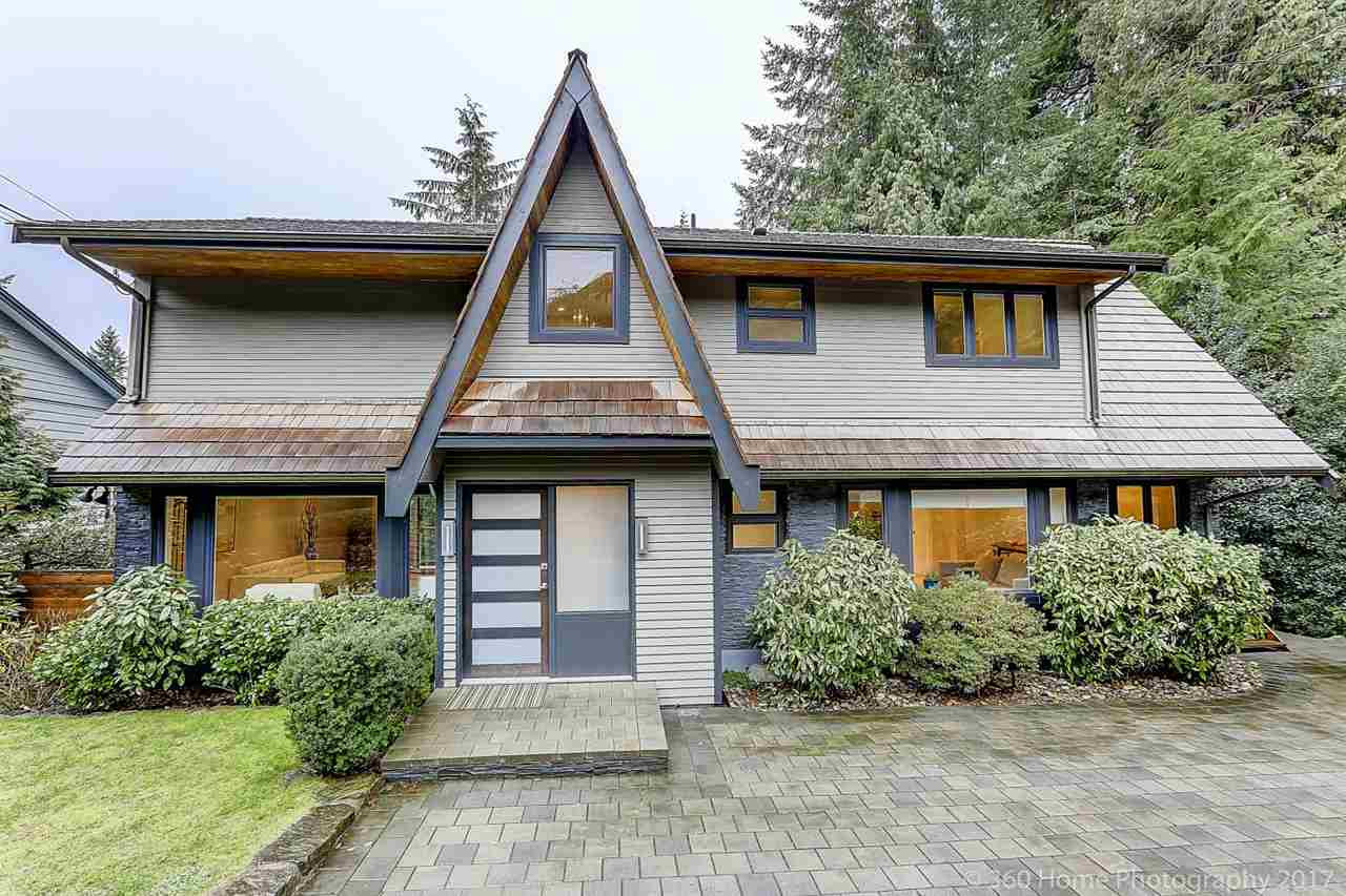 321 MONTERAY Upper Delbrook, North Vancouver (R2274647)