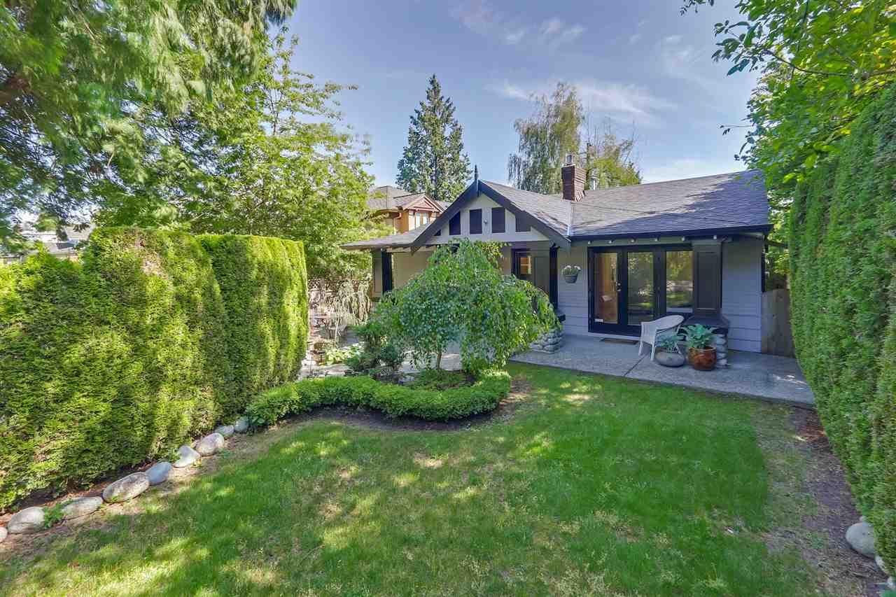 2392 LAWSON Dundarave, West Vancouver (R2276144)