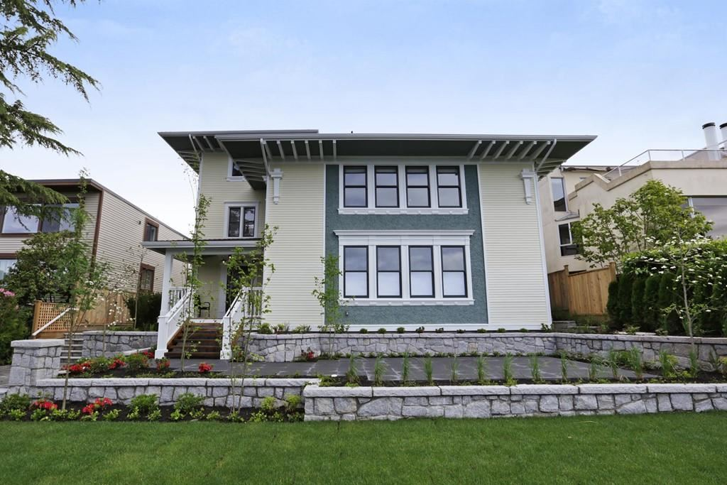212 W 6TH Lower Lonsdale, North Vancouver (R2277245)