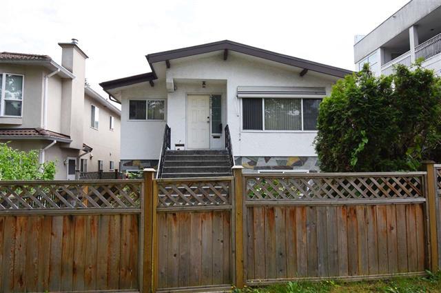 4256 MILLER STREET - Victoria - Vancouver