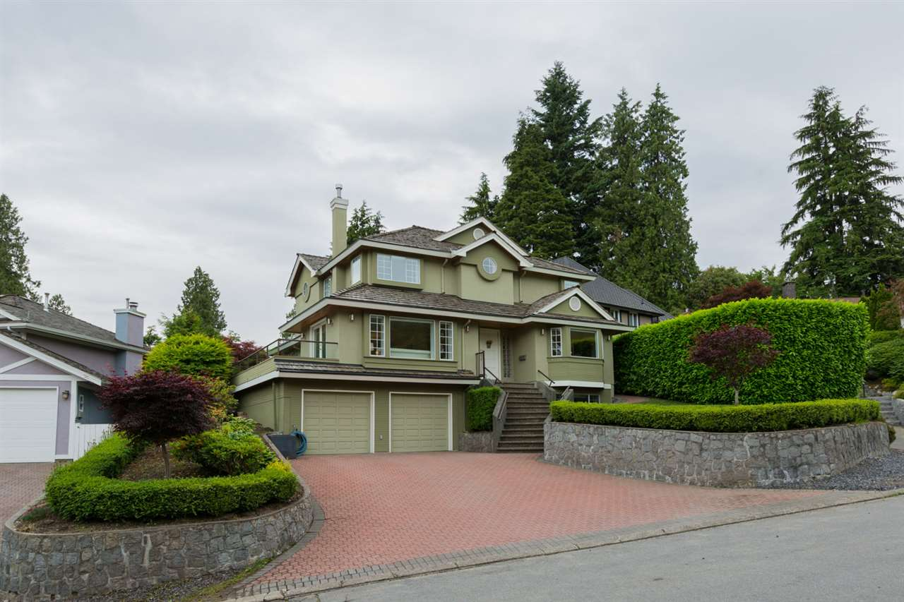 1319 SINCLAIR Ambleside, West Vancouver (R2278726)