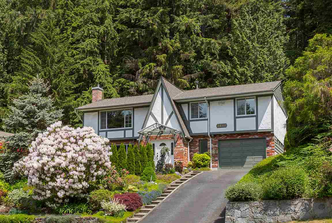 2446 HYANNIS Blueridge NV, North Vancouver (R2278850)