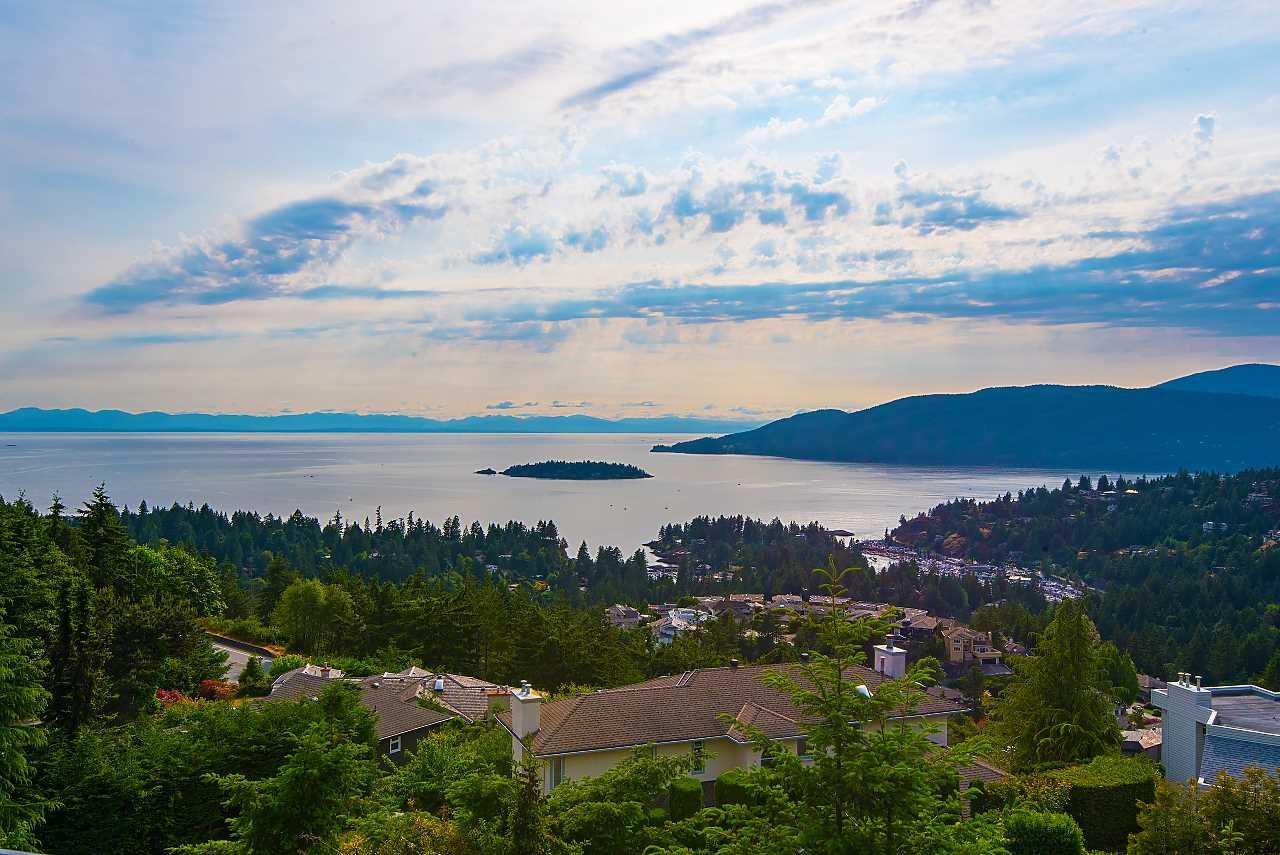 4779 WESTWOOD Cypress Park Estates, West Vancouver (R2279488)