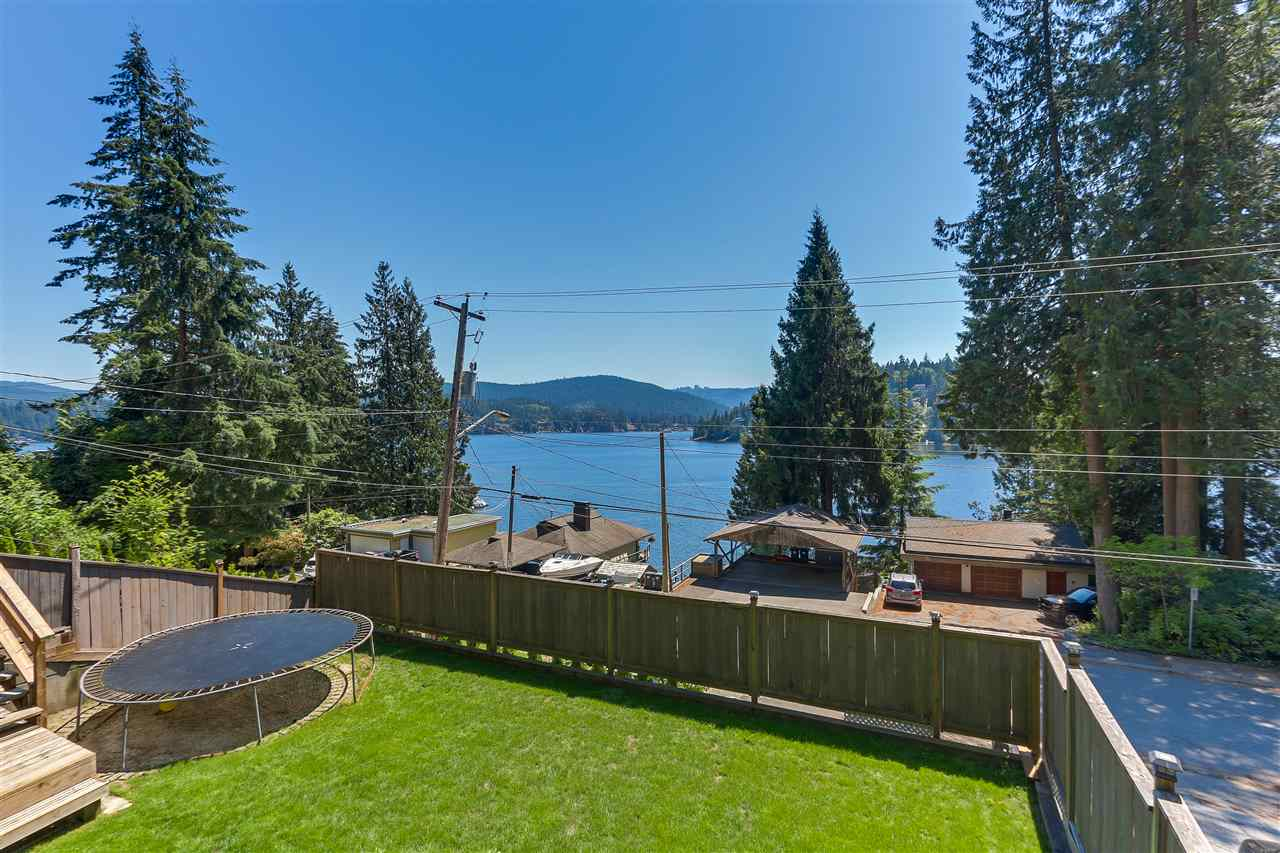 2841 PANORAMA Deep Cove, North Vancouver (R2282226)