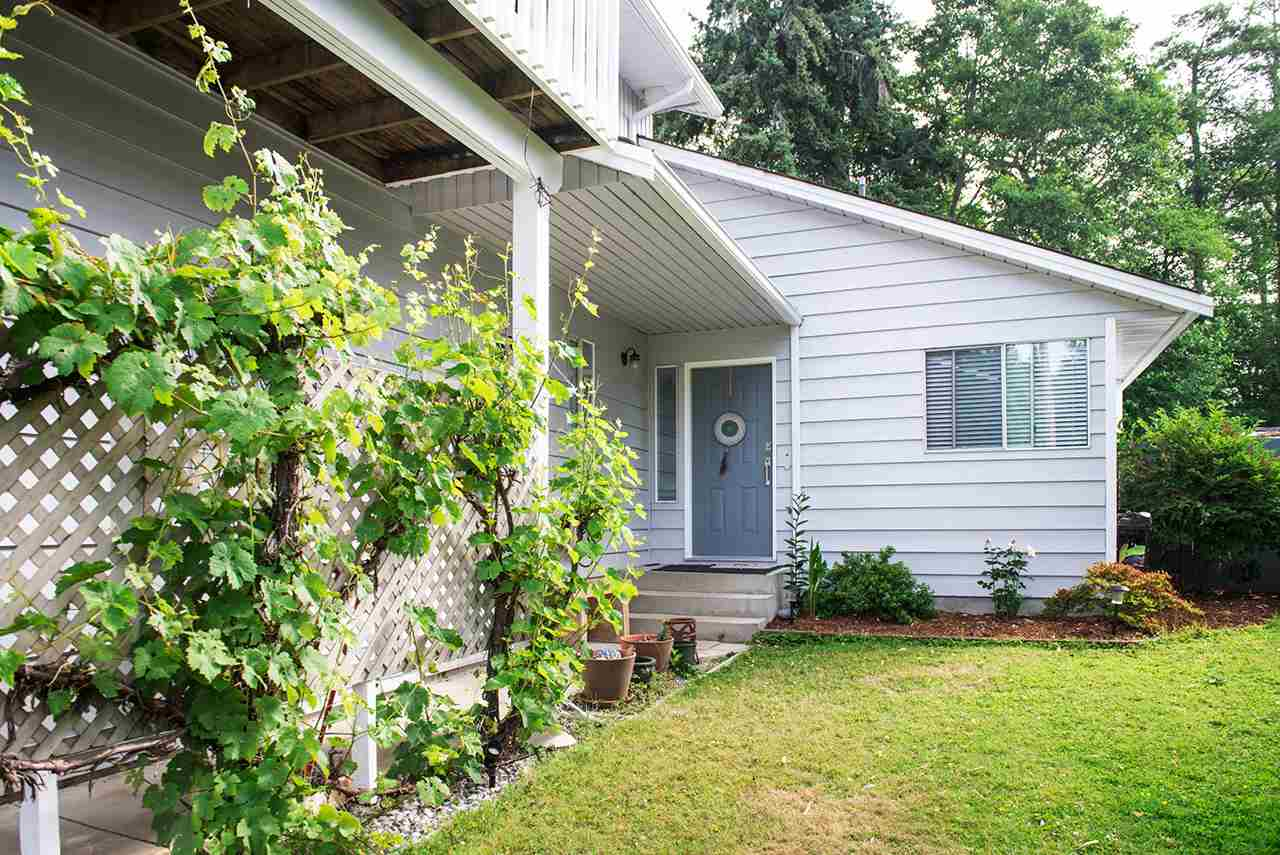 562 CYPRESS Gibsons & Area, Gibsons (R2284128)