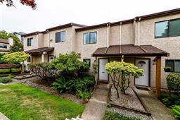 26 230 W 14TH STREET - Central Lonsdale - North Vancouver