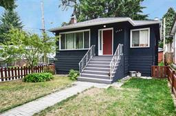 3682 E 27TH AVENUE - Renfrew Heights - Vancouver