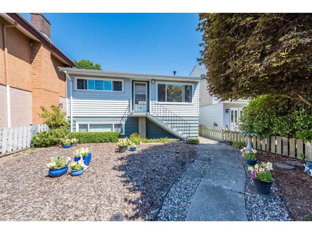 3665 MONMOUTH AVENUE - Collingwood - Vancouver