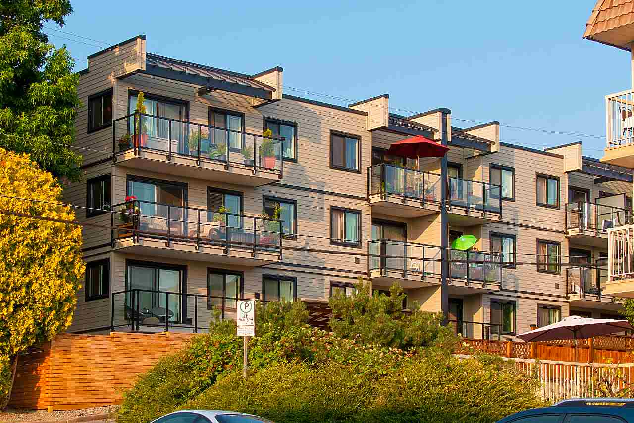 308 -  240 MAHON #308 Lower Lonsdale, North Vancouver (R2293415)