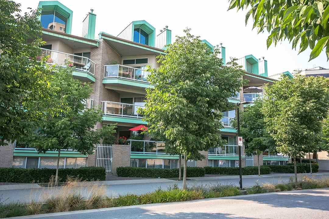 3105 -  33 CHESTERFIELD #3105 Lower Lonsdale, North Vancouver (R2293499)