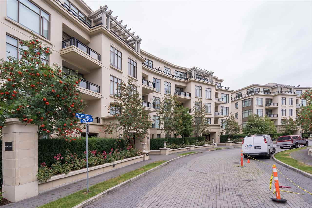 201 -  526 WATERS EDGE #201 Park Royal, West Vancouver (R2295352)