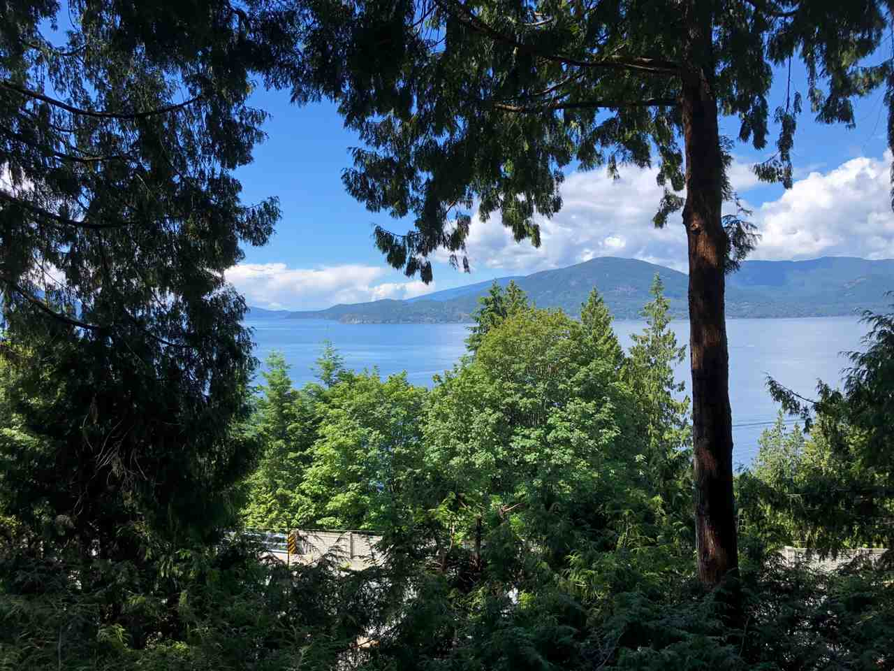 290 BAYVIEW Lions Bay, West Vancouver (R2298945)