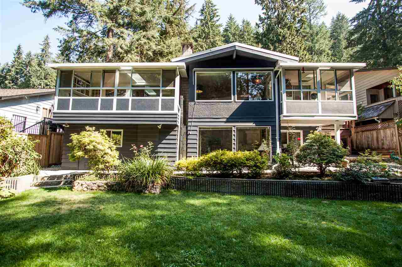 2387 HYANNIS Blueridge NV, North Vancouver (R2305392)