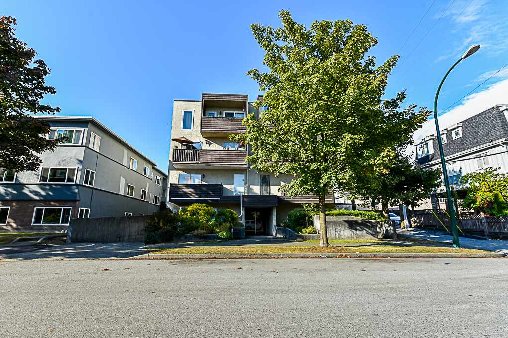 201 1065 W 72ND AVENUE - Marpole - Vancouver