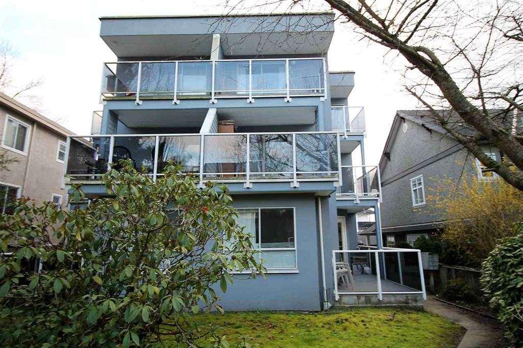 3 1510 E 3RD AVENUE - Grandview - Vancouver