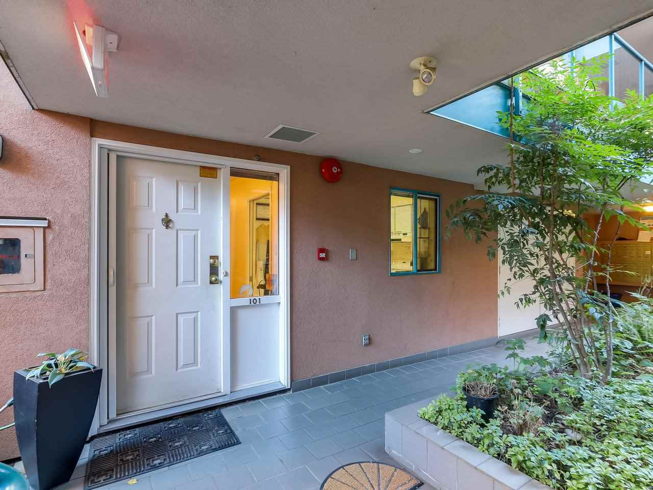 101 988 W 16TH AVENUE - Cambie - Vancouver